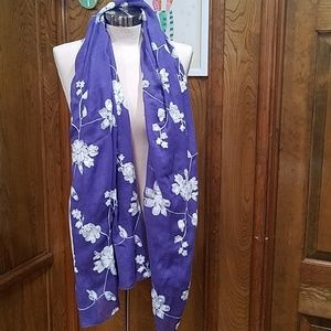 Purple aratta scarf
